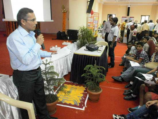 Philatelic Quiz at Mumbaipex 2015